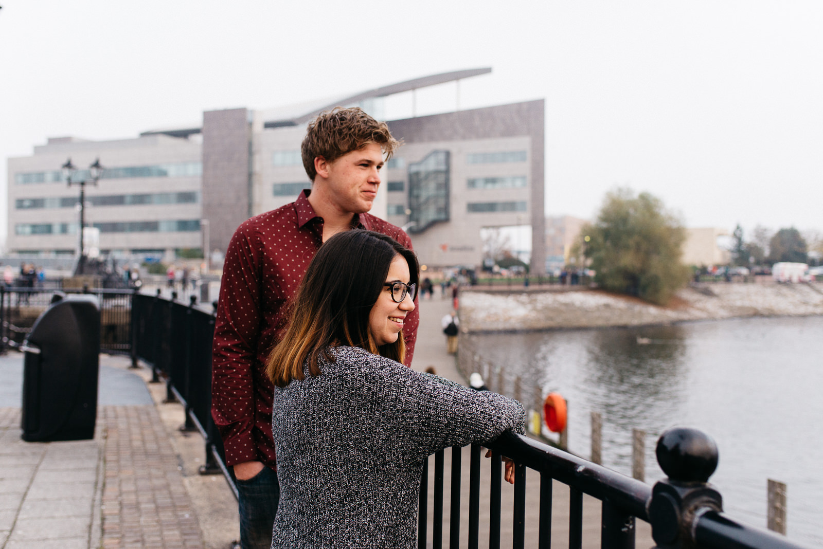 Cardiff bay marina engagement // Elaine Williams Photography