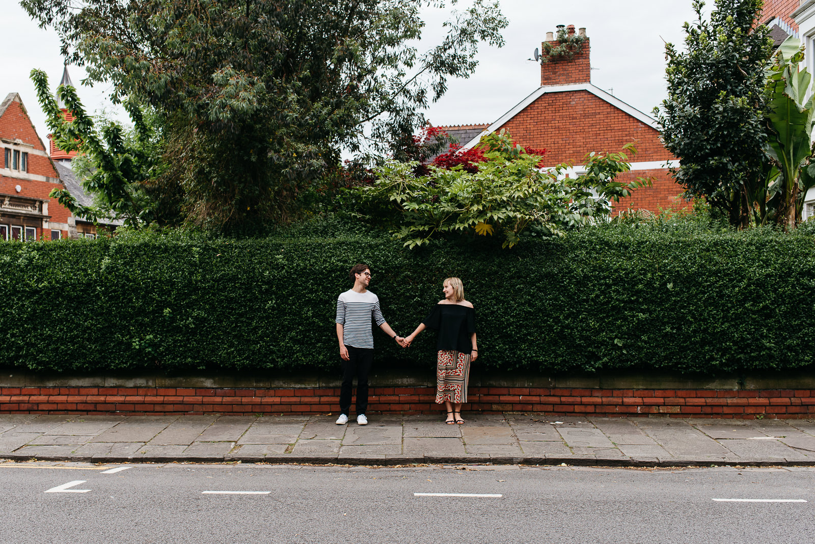 Urban engagement shoot Cardiff | Cardiff engagement photographer // Elaine Williams Photography