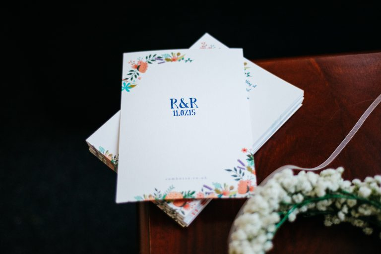 6 Steps to Managing Your Wedding Guest List
