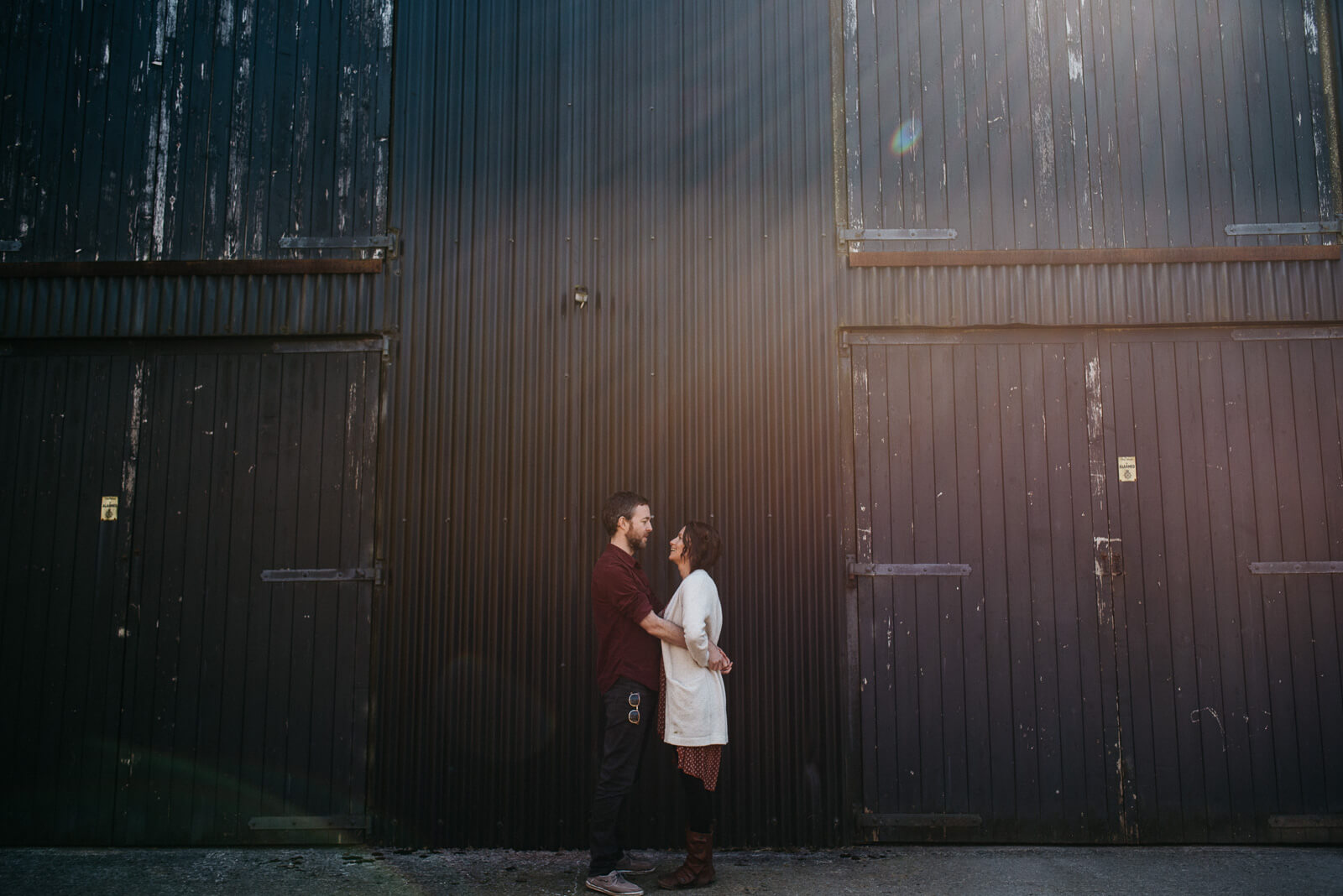 Relaxed and creative couple session in West Wales - Elaine Williams Photography