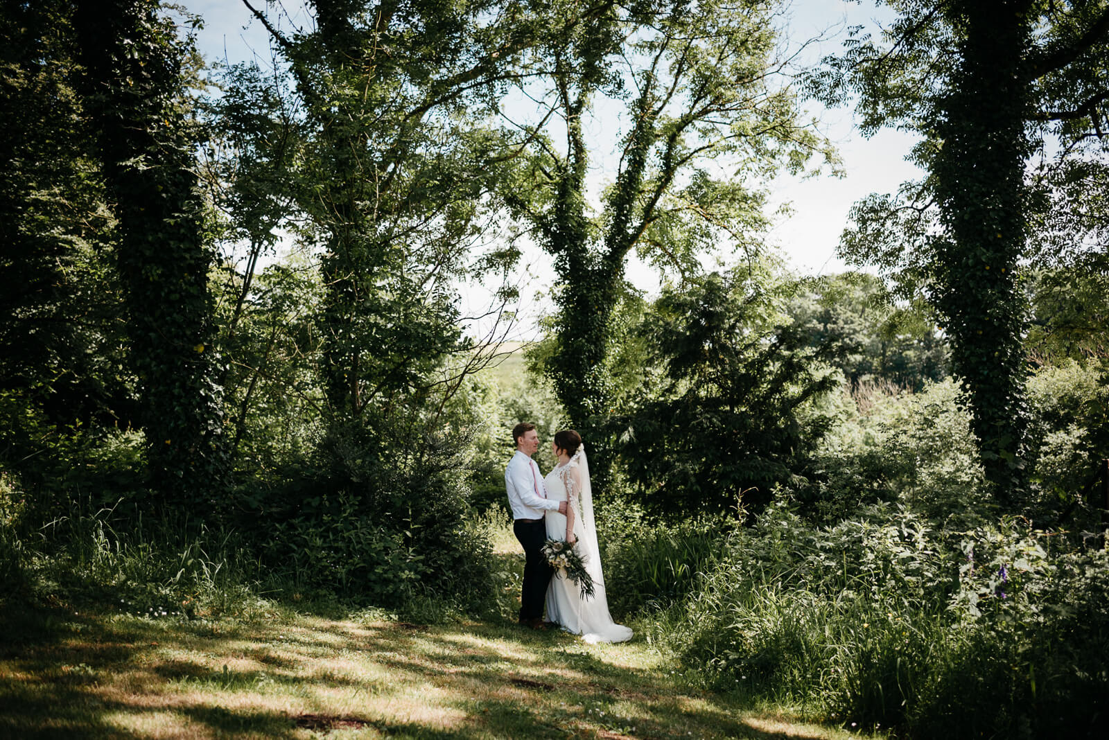 Summer wedding at Broadway House Hotel in Laugharne, Carmarthenshire